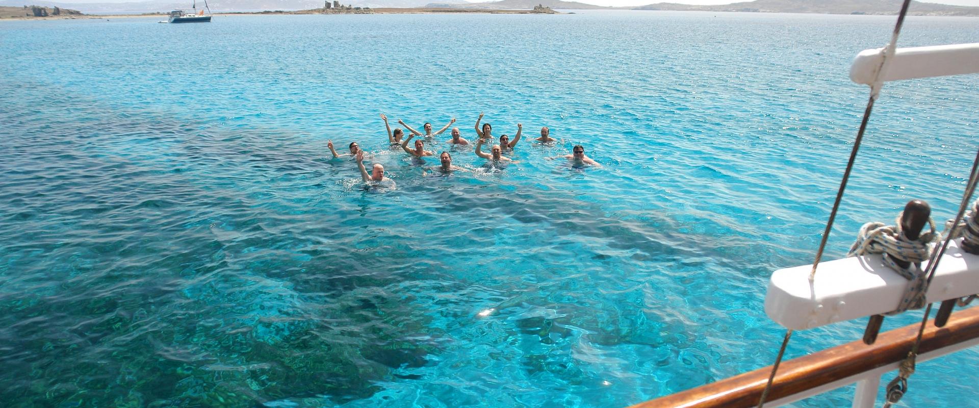 rhenia-island