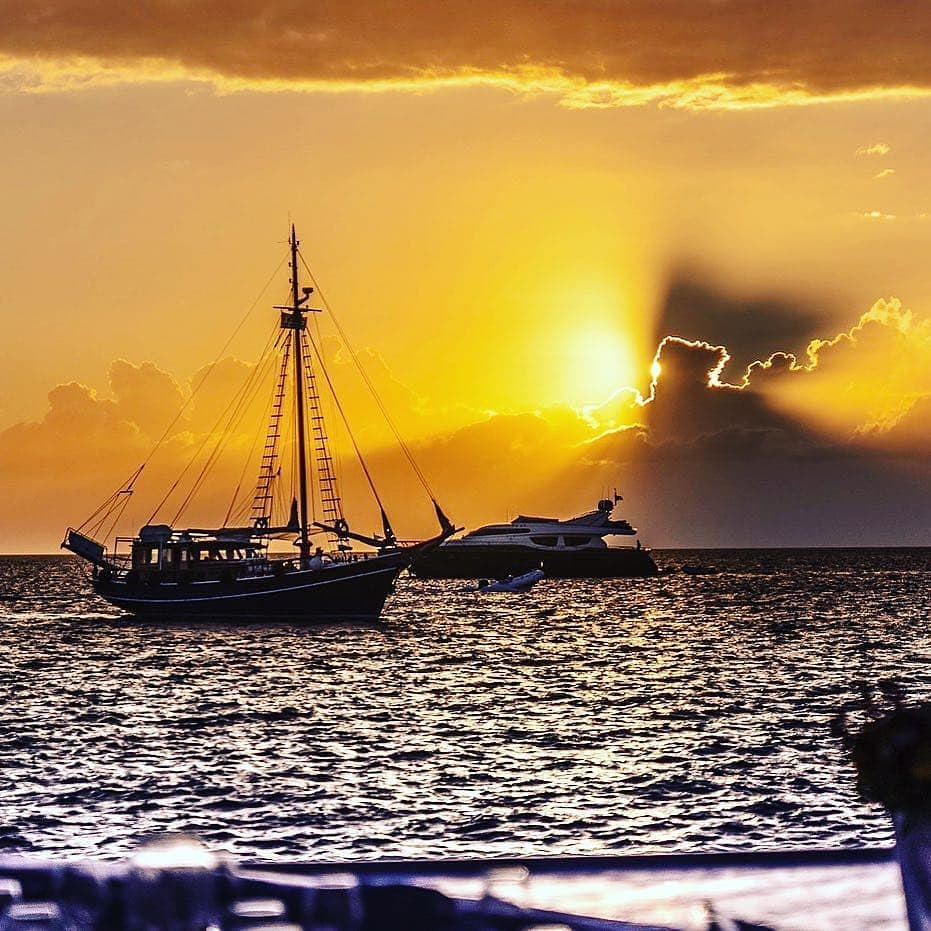 Mykonos Sunset Cruise - Aegean Ventures