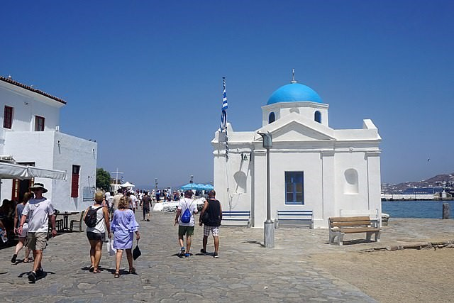 Stroll in Mykonos Town Tour